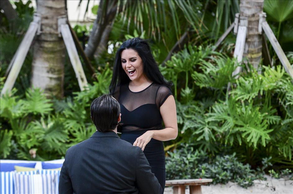 Miami surprise proposal photography by Paparazzi Proposals