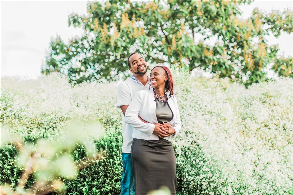 5 Reasons to Schedule an Engagement Photography Session with Your Wedding Photographer // Alicia Wiley Photography for Nations Photo Lab