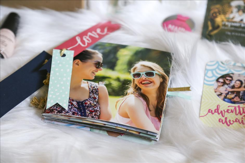 DIY Personalized Bridesmaid Gift Box // Photo Scrapbook