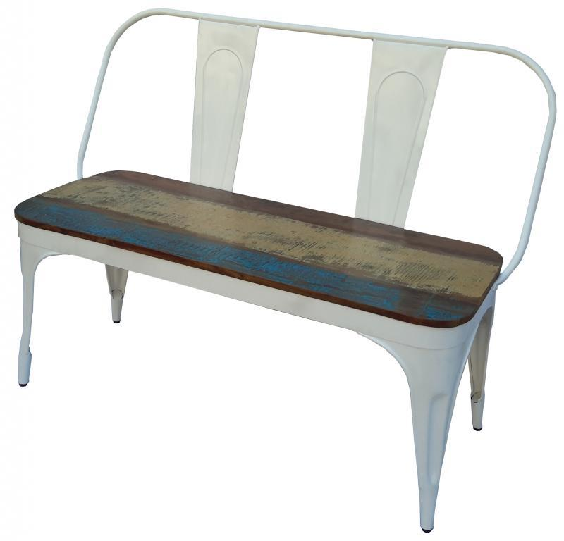 WOOD/IRON BENCH