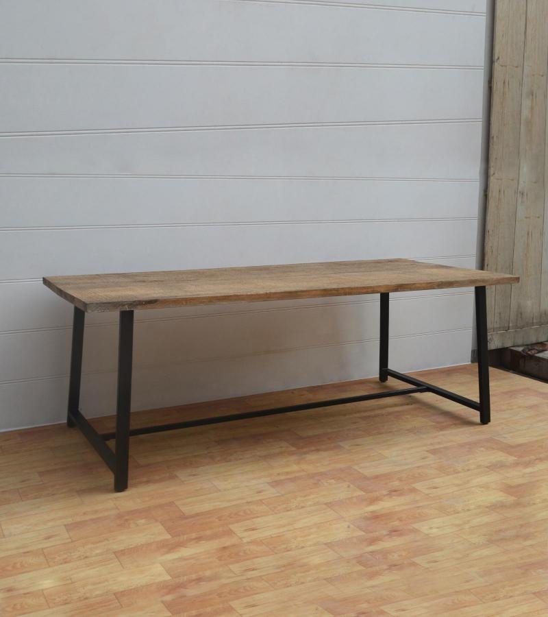 WDN+IRON DINNING TABLE