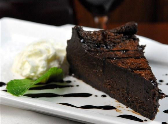 Flourless Chocolate Cake - The Rosebud