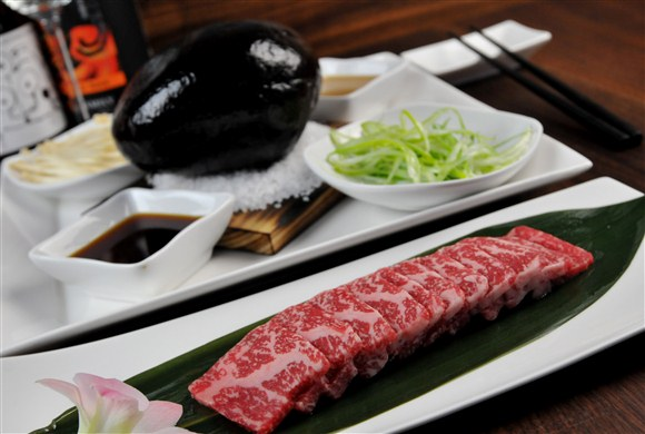 Wagyu Striploin Slices - Blowfish