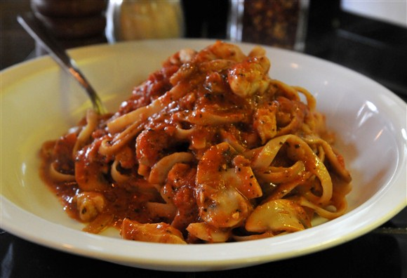 Tettrazini (Fettuccine) - Daddyo's Pasta