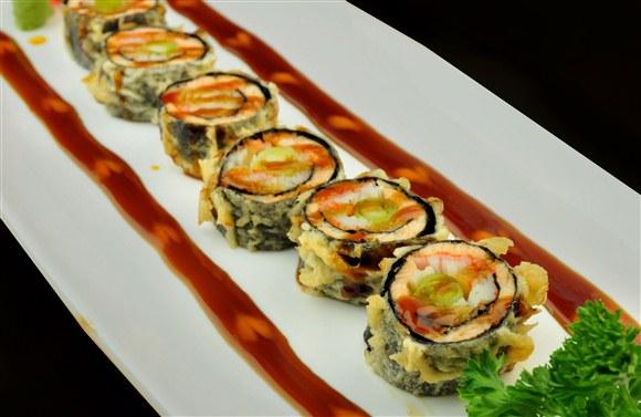 Salmon Fry (6pcs) - Sushi Queen Izakaya