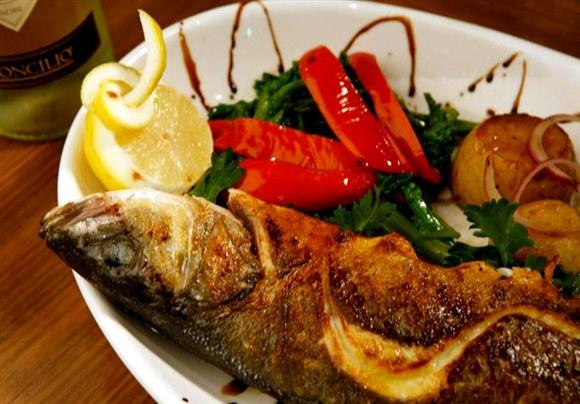 Pesce Del Giorno (Sold at Market Price) - Ciao Wine Bar