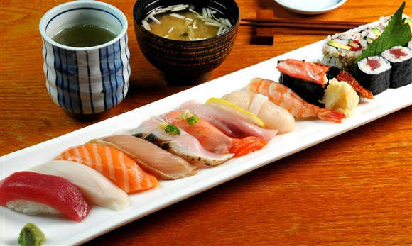 Deluxe Sushi (Dinner Only) - TaKe Sushi