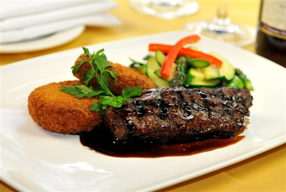 Grilled Australian Kangaroo Loin (Dinner) - Barootes