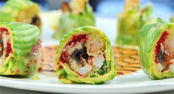 Shima Roll (8pcs sushi) - Sushi Queen Izakaya
