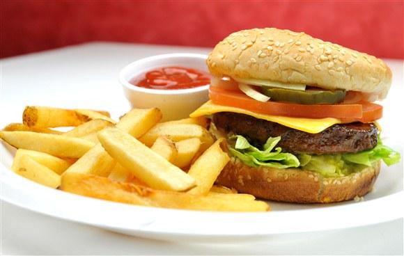 Queen Slice Burger (French Fries + Pop Included) - Queen Slice