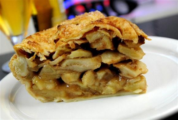Homemade Apple Pie - Corned Beef House