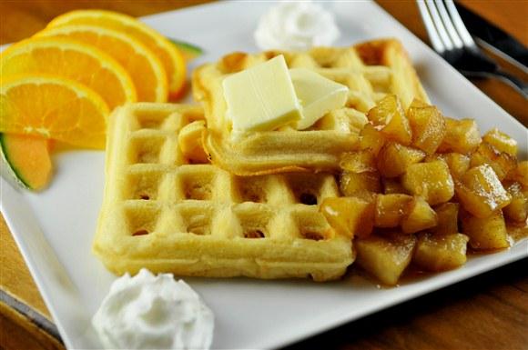 Smoked Apple Waffles - Lou Dawg's