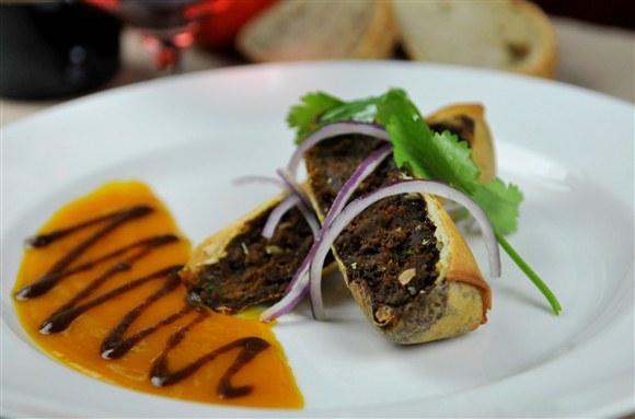 Brownes Spicy Vegetable Samosa - Brownes Bistro