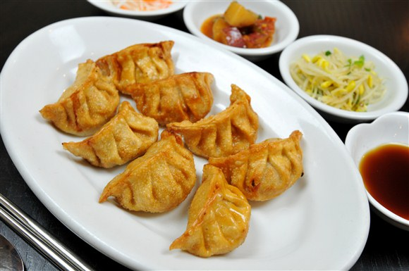 Fried Dumblings - The Owl (Boo Ung Ee) Korean Restaurant