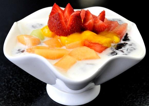 Black Glutinous Rice with Mixed Fruits - Sugar Marmalade Inc