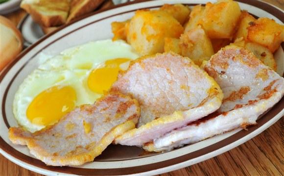 2 Eggs & Pork Chops - Vesta Lunch