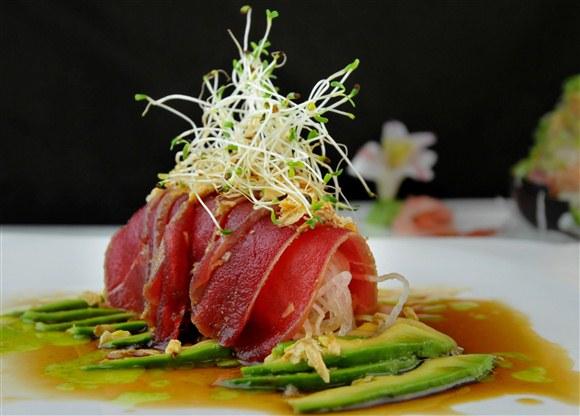 Tuna Carpaccio - Sushi Queen Izakaya