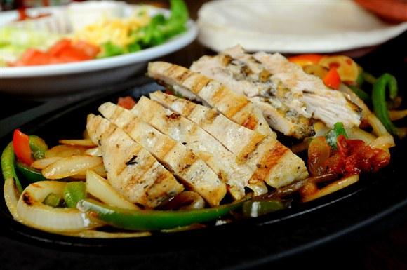 Grilled Chicken Fajitas - Gabby's