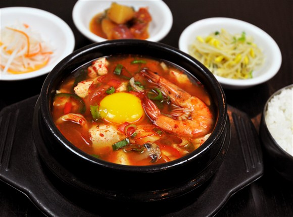 Spicy Soon Tofu - The Owl (Boo Ung Ee) Korean Restaurant
