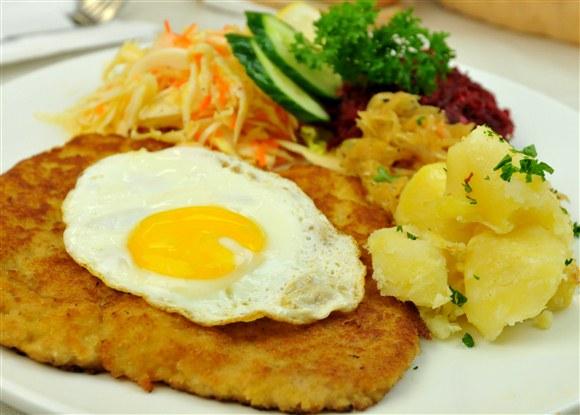 Wiener Schnitzel - Cafe Polonez