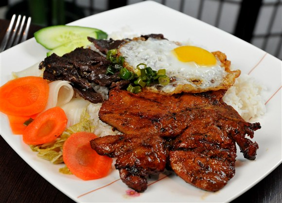BBQ Chicken, Beef and Fried Egg on Steamed Rice - Kim Bo Restaurant (CLOSED)