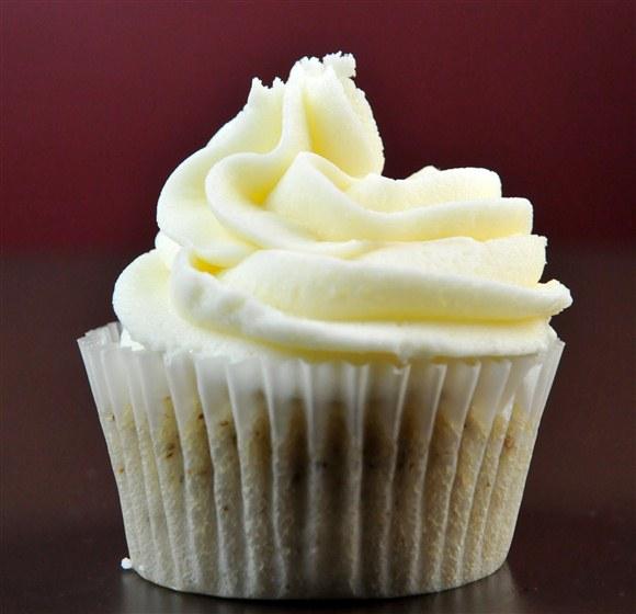 Vanilla Cupcake (Gluten-Free & Vegan) - Dvine Gelato Cafe
