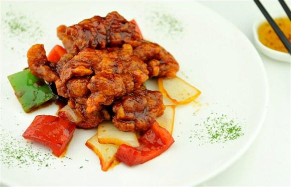 General Tao Chicken - Dazzling Modern Restaurant