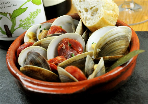 Steamed Clams - Cava