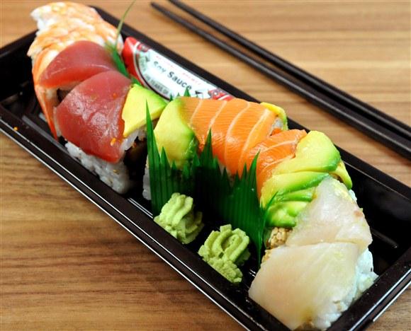 Rainbow Roll - Sushi-Q