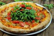 Tomato, Artichokes, Mozzarella, Goat Cheese, Arugula