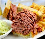Corned Beef Sandwich (Huge)