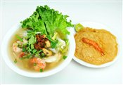 Seafood Rice Noodle Soup (with Soup or Dry)   $6.00