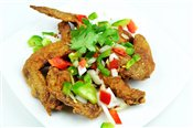 Deep Fried Chicken Wings w/ Salt & Pepper   $6.00