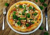 Bacon, Chicken, Mushrooms, Rapini, Mozzarella Pizza