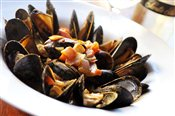 Mussels with Curry Coconut Sauce