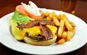 Deluxe Bacon Cheese Burger