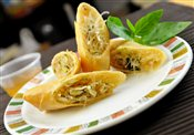 Thai Spring Roll with Dip (2)
