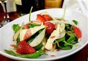 STRAWBERRY, BRIE & PEAR SALAD