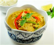 Yellow Curry Chicken (Keang-kheo-waan-gai)