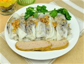 Vietnamese Steamed Rice Roll with Sausage