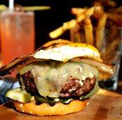 6oz County Burger