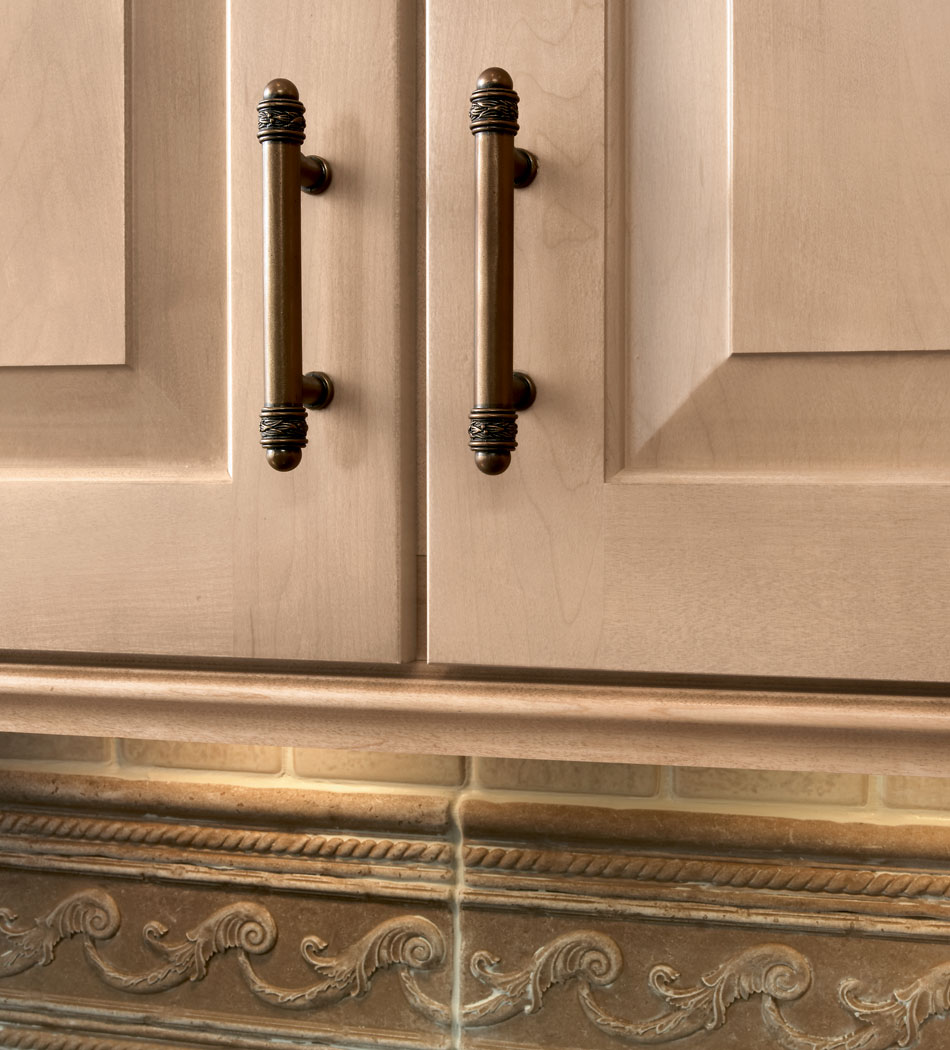 Cabinet Moldings Decorative Accents: Inspiration & Design