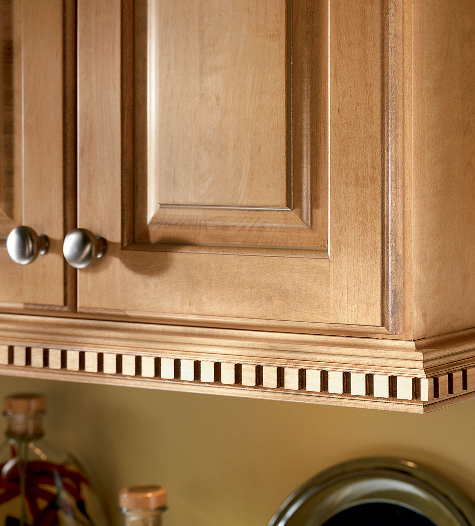 Light Rail Molding For Kitchen Cabinets: Kitchen Cabinets And Bathroom Cabinets