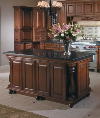 Merillat Masterpiece® Caliseo in Cherry Chocolate with Ebony Glaze