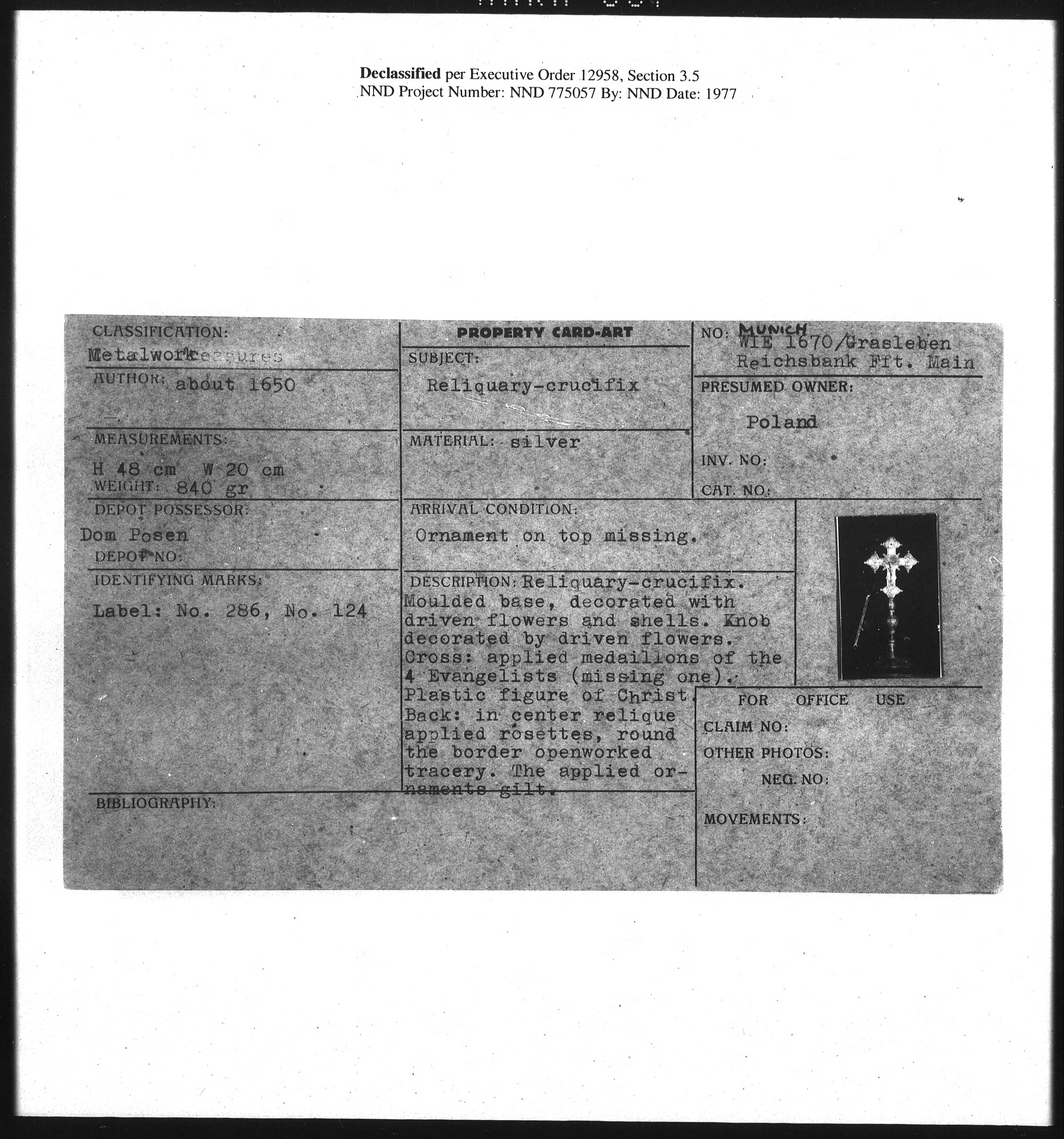 Metalwork: WIE 1670, Reliquary-Crucifix