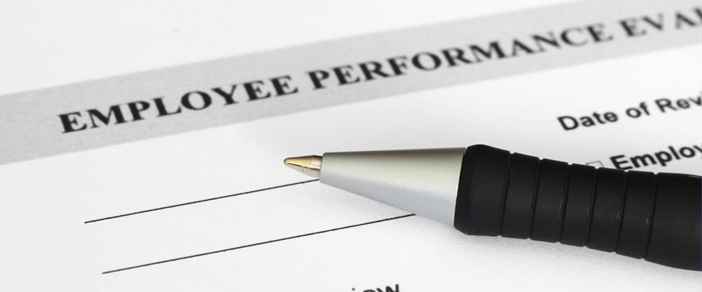 conduct performance review how to give tips