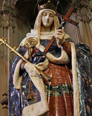 Statue of St. Margaret of Scotland