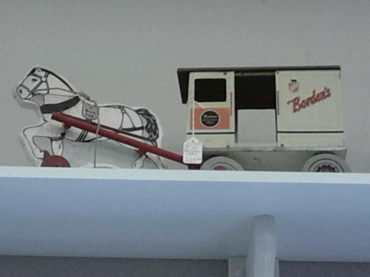 1930 Borden Milk Truck