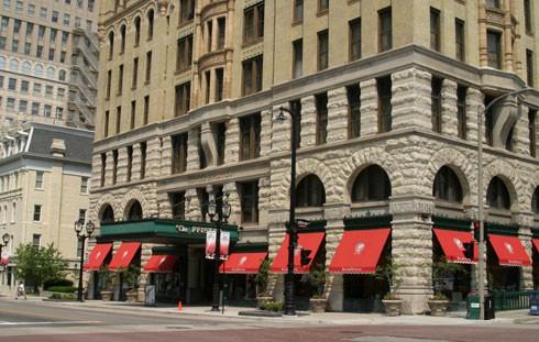 Pfister Hotel Milwaukee Wisconsin Haunted Journeys