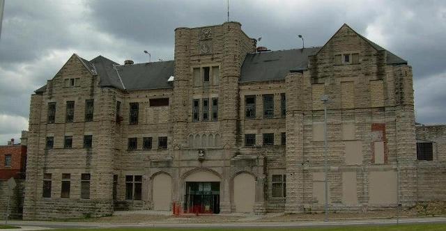 Moundsville Reformatory Tours